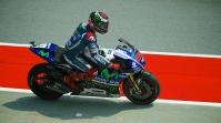 Jorge Lorenzo leave pits